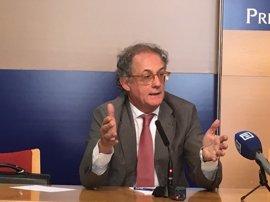 """Monasterio ve """"bastante razonable"""" el nivel de financiación de Asturias e incide en atender al coste de los servicios"""