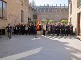 """El Govern en pleno asume por escrito """"organizar, convocar y celebrar"""" el referéndum"""