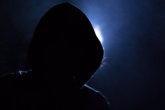 Hacker, cibercrimen