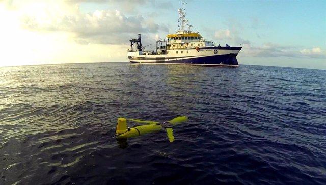 Ulpgc. La Ulpgc Monitoriza Las Aguas Del Sur De Gran Canaria Con Un Robot Submar