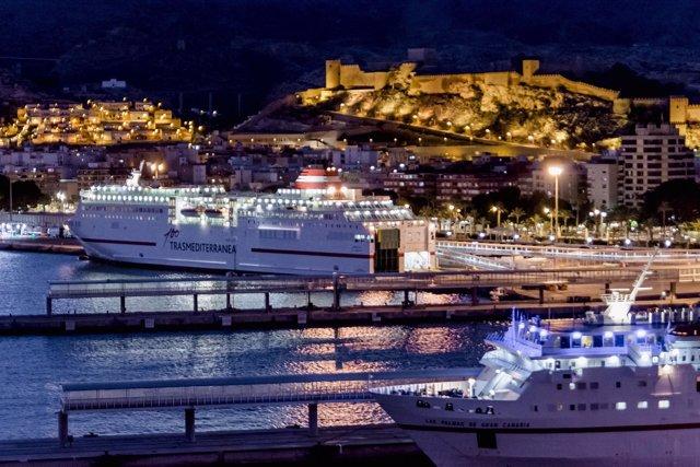 Trasmediterranea. Puerto de Almeria 2