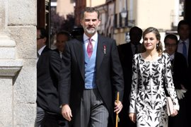 Los Reyes Felipe y Letizia aplazan a julio su visita de Estado a Reino Unido