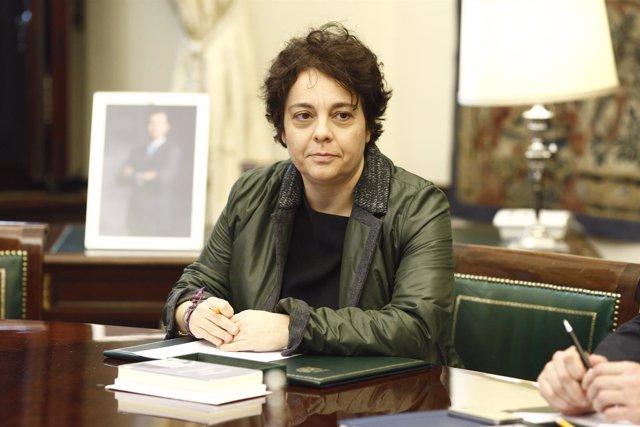 Gloria Elizo en la primera reunión de la mesa del Congreso