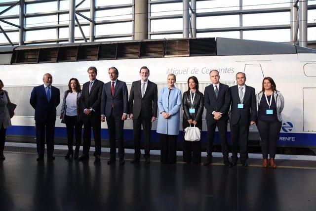 Rajoy es puja al mateix AVE que va fer el primer trajecte Madrid-Sevilla