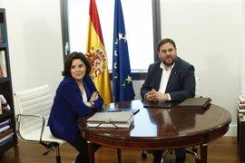 Sant Jordi.- Oriol Junqueras se suma al acto de Sáenz de Santamaría y Santi Vila sobre la festividad