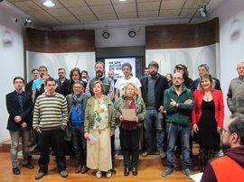 Ayuntamiento, músicos, vecinos y hosteleros se unen para reclamar al Principado que autorice la música en vivo