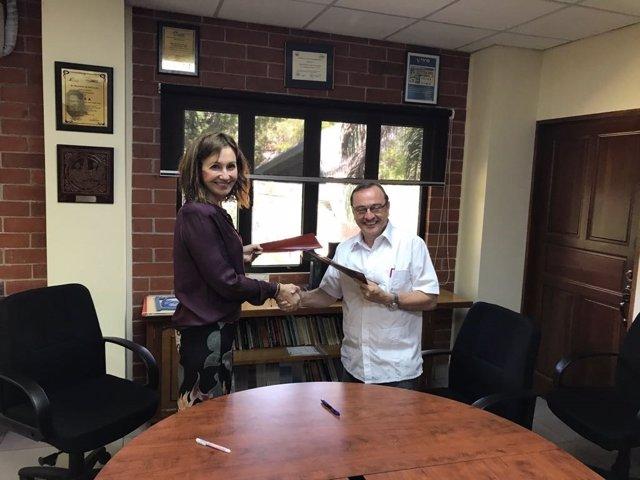 Firma de acuerdo Ayesa con El Salvador