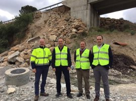 Junta inicia las obras de emergencia para reparar el puente de la A-1100, en Albanchez, dañado por las lluvias