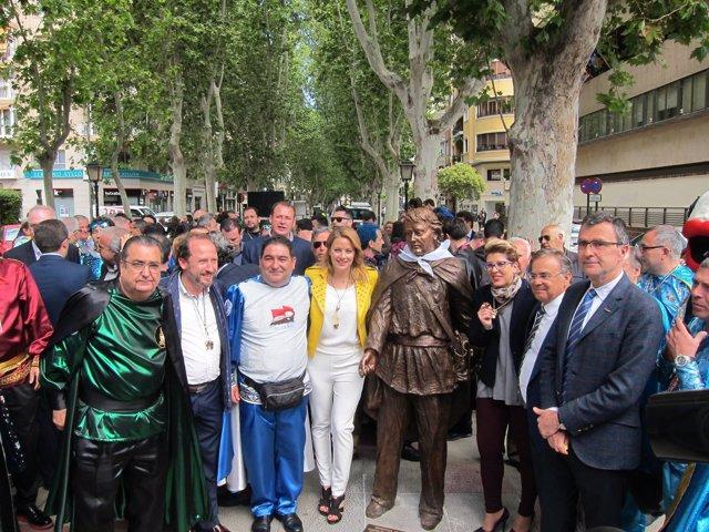 Imagen De La Inauguración De La Escultura