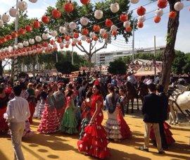 Aumentan en 436 los abonos de aparcamiento de Feria de Sevilla, hasta 2.076, y en 914 las plazas, hasta 7.370