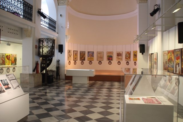 Exposición 'La Guerra en cartelera'