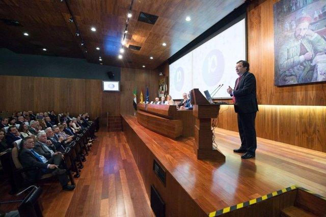 Vara interviene en el décimo aniversario del CCMI de Cáceres