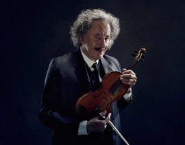 Geoffrey Rush se transforma en Einstein en Genius, la nueva serie de National Geographic
