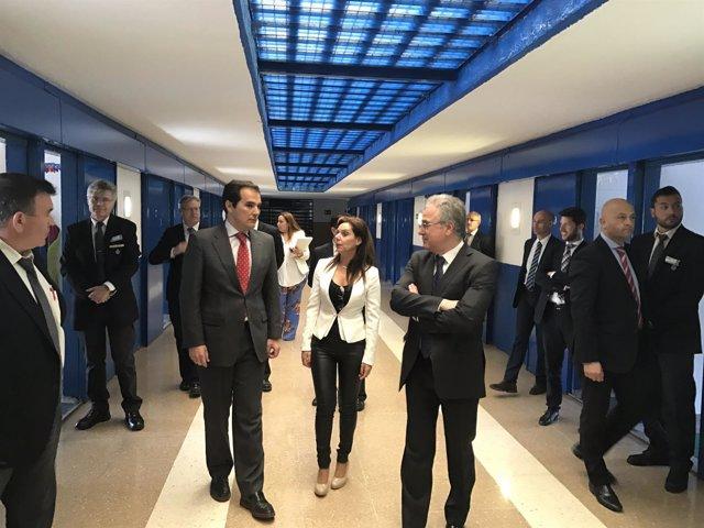 José Antonio Nieto visita el Centro Penitenciario de Córdoba