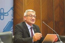 El rector apoya la reducción de tasas universitarias y critica la bajada de los PGE en investigación y desarrollo