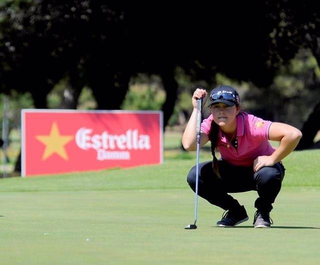 La golfista española Nuria Iturrios
