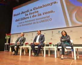"""Junqueras defiende ante Santamaría el """"compromiso colectivo"""" del Govern con el referéndum"""