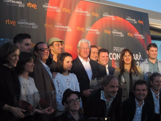 Richard Gere, Con Otros Galardonados Con Els Premis Continuarà