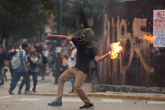 Disturbios en Caracas durante las marchas opositoras