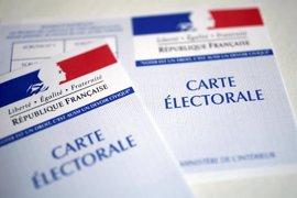 Francia celebra sus elecciones más abiertas bajo la sombra del terrorismo