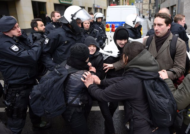 Protestas contra AfD en Colonia