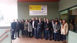 Miembros de la Asociación de Enfermedades Raras y del SERIS visitan el Centro de Referencia Estatal de Burgos