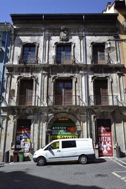 Upn De Pamplona Insta Al Gobierno Foral A Adecentar La Fachada Del Palacio Del M