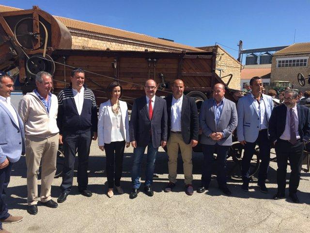 Lambán asiste al 50 aniversario de la Cooperativa Agraria de Pinsoro.