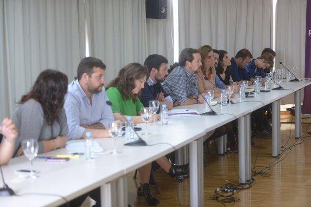 Iglesias defiende una moción de censura contra Cifuentes