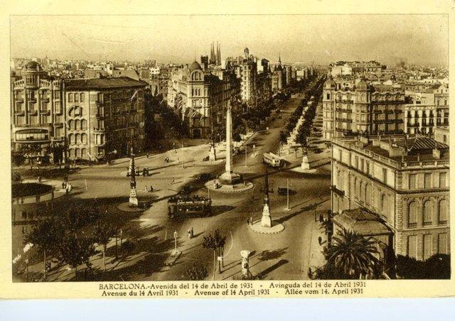 Fotografía histórica de la Plaza del Cinc d'Oros