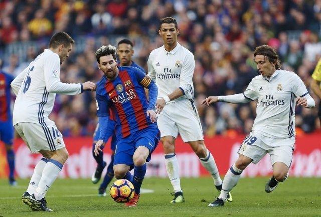 Leo Messi Cristiano Ronaldo Luka Modric Barcelona Real Madrid