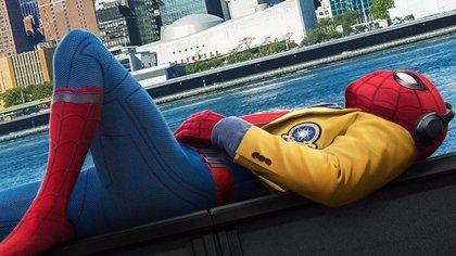 Nuevas imágenes de Spider-Man Homecoming: Peter Parker, un mochilero en acción
