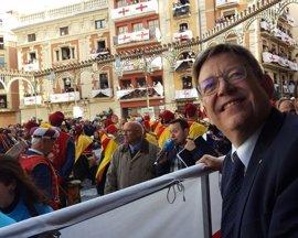 """Puig celebra la """"autenticidad"""" de los Moros de Alcoy y ve superada la integración de la mujer"""