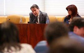 González negó en 2007 haber adjudicado el campo de golf del Canal a familiares y retó a denunciarlo ante la justicia