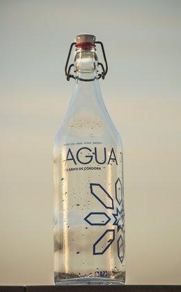 La botella de Emacsa para el agua de grifo