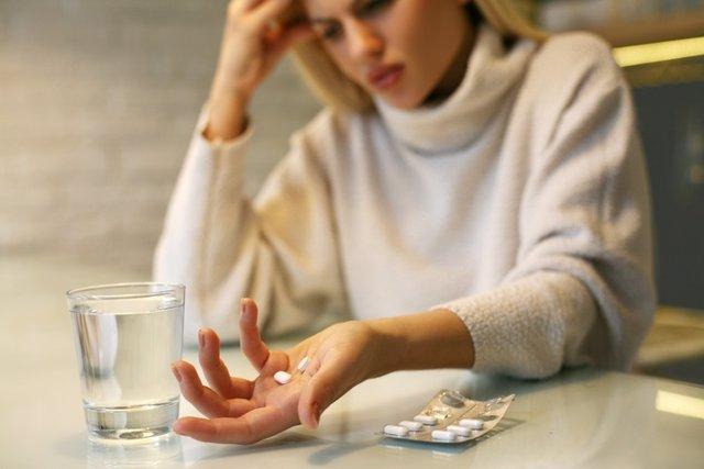 Pastillas, medicamentos, fármacos, dolor, enferma