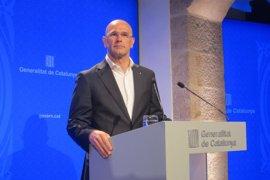 Sant Jordi.- Romeva pide a los catalanes sumarse al Registro de catalanes en el exterior