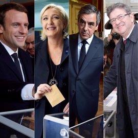 Los favoritos para ganar el Elíseo votan en la primera vuelta de las presidenciales