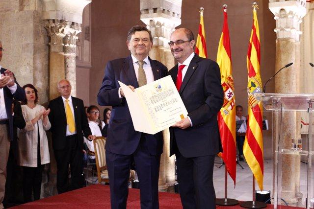 El exrector Manuel López y Javier Lambán