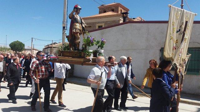 Aguasal: procesión de San Jorge