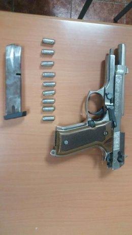 Pistola intervenida en Melilla