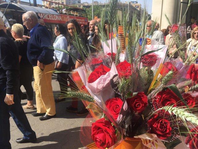 Paradas de rosas este Sant Jordi