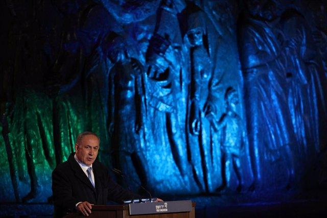 Netanyahu habla durante los actos por el Día del Holocausto en Israel