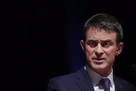 Valls aboga por ayudar a gobernar a Macron tras el descalabro socialista