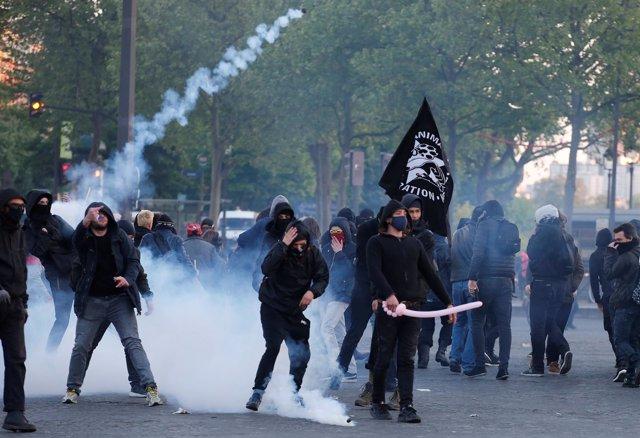 Manifestaciones en París tras la primera vuelta de las presidenicales