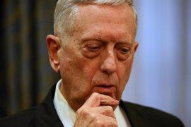 Mattis visita a las tropas estadounidenses en Afganistán