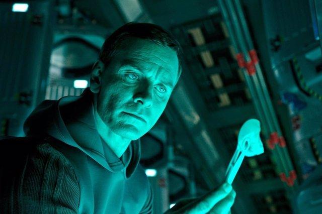 Michael Fassbender en Alien: Covenant