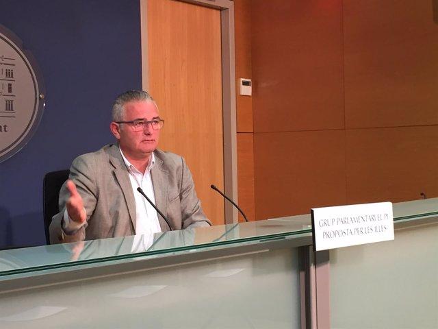 Jaume Font, de El Pi en rueda de prensa