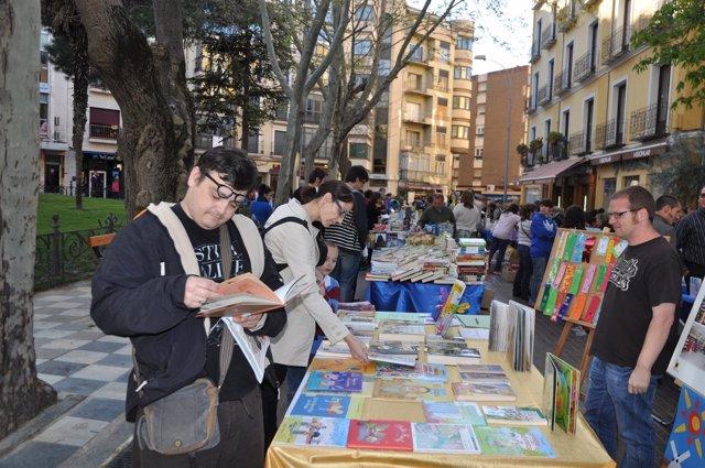 Puesto, libros, libro, libreros, lector, lectores, librero, lectura