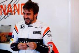 """Alonso: """"Un resultado positivo sería terminar la carrera con los dos coches"""""""